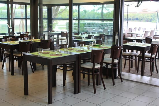 Le Grill du Lac  - Très belle salle du grill du lac, restaurant Orthez -