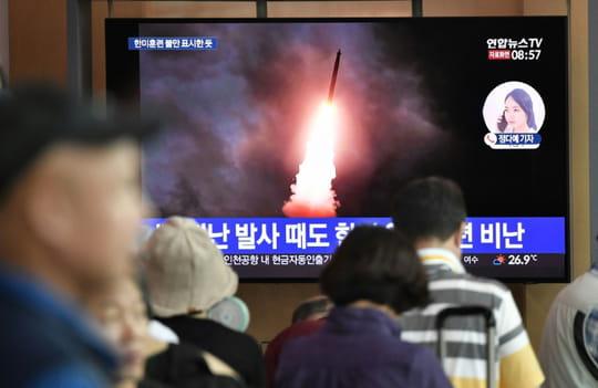 """La Corée du Nord tire deux """"projectiles non identifiés"""" (Séoul)"""