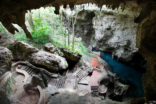 Los Tres Ojos grotte