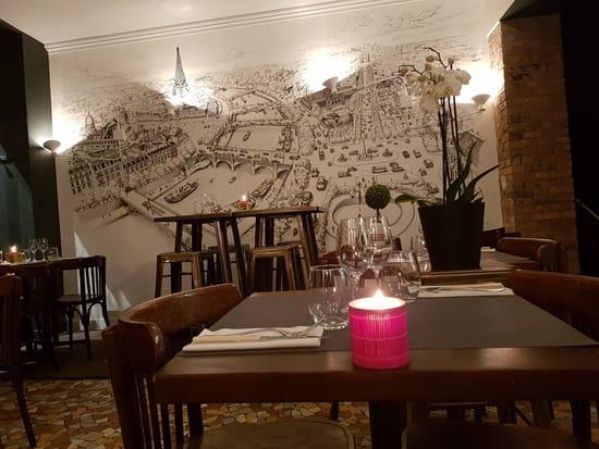 Restaurant : Nous 4 restaurant  - Nous4 le soir avec fresque de Decktwo -   © Nous4
