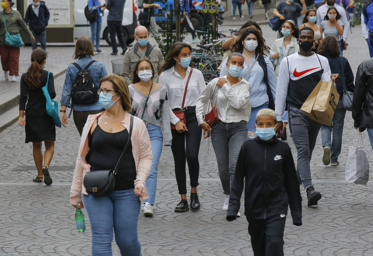 Transmission du Covid-19 : durée de contagion, contamination par air, risques... Le point complet