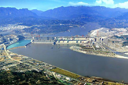 Le barrage des Trois Gorges sur le fleuve Yangtzé