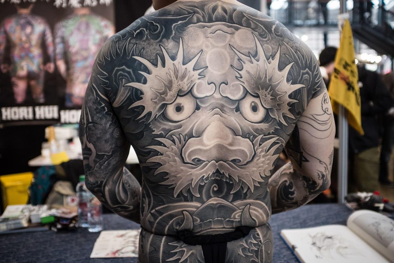 Mondial du tatouage 2018 concours concerts expos tout le programme - Bon salon de tatouage paris ...