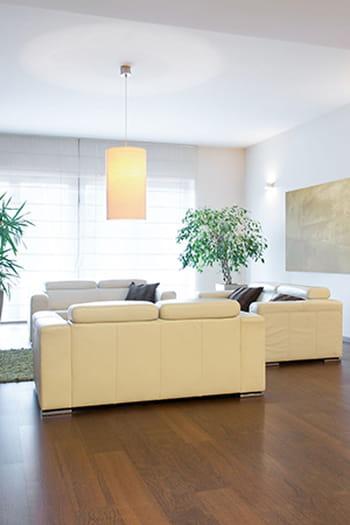 nettoyer un parquet vitrifi. Black Bedroom Furniture Sets. Home Design Ideas