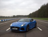 Casse vs Supercar : Jaguar F-Type Svr