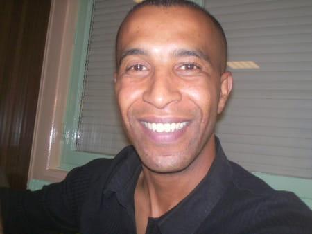 Mustapha El  Hardy