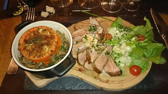 Plat : Délices et Papilles  - Magret de canard sauce au cidre et sa poêlée de champignons  -