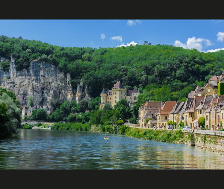 La Roque Gageac au bord de la Dordogne