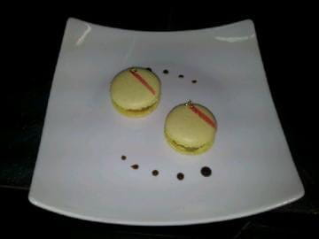 Le Caveau des Lys  - Macarons au fois gras -   © François Le Touche