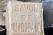 Savon noir comment l 39 utiliser pour nettoyer la maison - Ou trouver le veritable savon de marseille ...