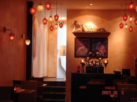 Thaï Café  - Intérieur 1 -   © Saowanee