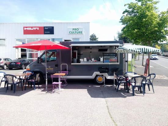 Restaurant : Chez Basset  - Le camion -   © Chez Basset