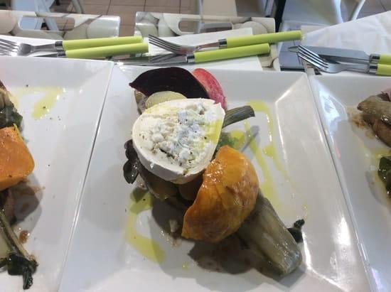La Boîte À Dejeuner Resto Urbain  - Tartine de légumes et chèvre chaud bio -