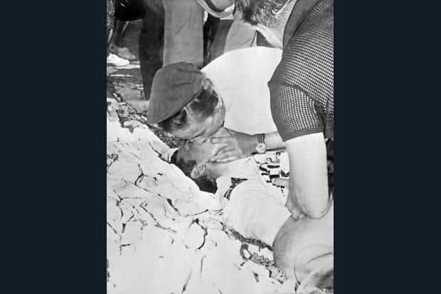 La mort de Tom Simpson sur les pentes du Ventoux en 1967