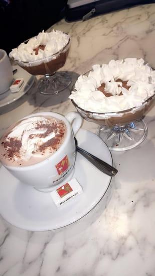 L'Unis-Forme  - Chocolat et Mousse au chocolat -   © Eve'Night