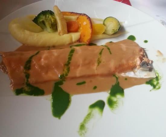 Le Crieur de Vin  - filet omble chevalier sauce salsifi -   © mv3dfr@free.fr