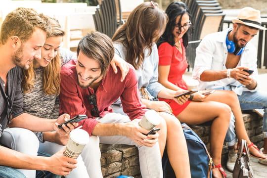 Pass culture: le ministère lance un test de l'application réservée aux jeunes