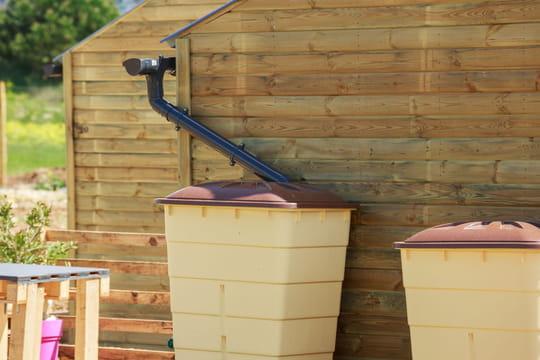 Comment récupérer l'eau de pluie dans son jardin