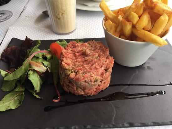 Plat : Brasserie de la Tour Eiffel  - Tartare de boeuf -   © non