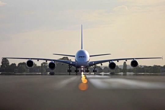 Revivez le vol inaugural en A380