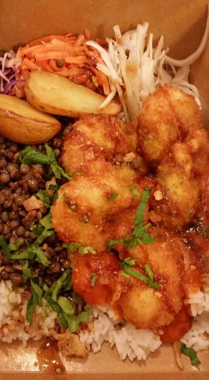 TouyTouyT  - Plat du jour : crevettes pané, servi avec riz blanc et lentilles -