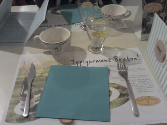 La Camarétoise  - jolie présentation de la table -   © elise