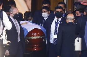Mort de Diego Maradona: un enterrement agité et des polémiques en Argentine