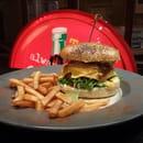 Le shelby restaurant vintage  -  burgers  maison -   © gerant