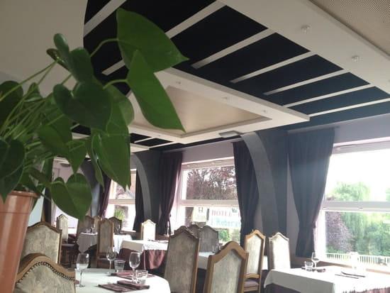 Auberge des Moulins  - le restaurant -   © nathalie