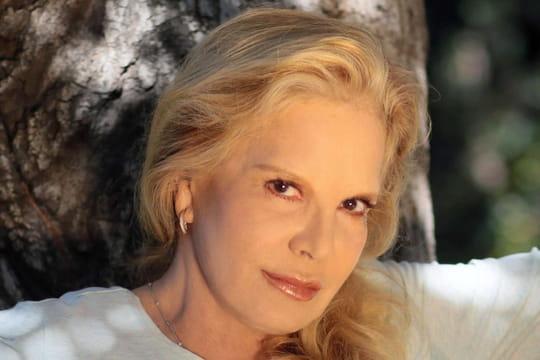 Sylvie Vartan: doutes, insinuations... Ce qu'elle dit du testament de Johnny