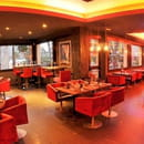 Le Golden Beef - Steakhouse  - Salle vue mer  Golden Beef -   © Select Magazine