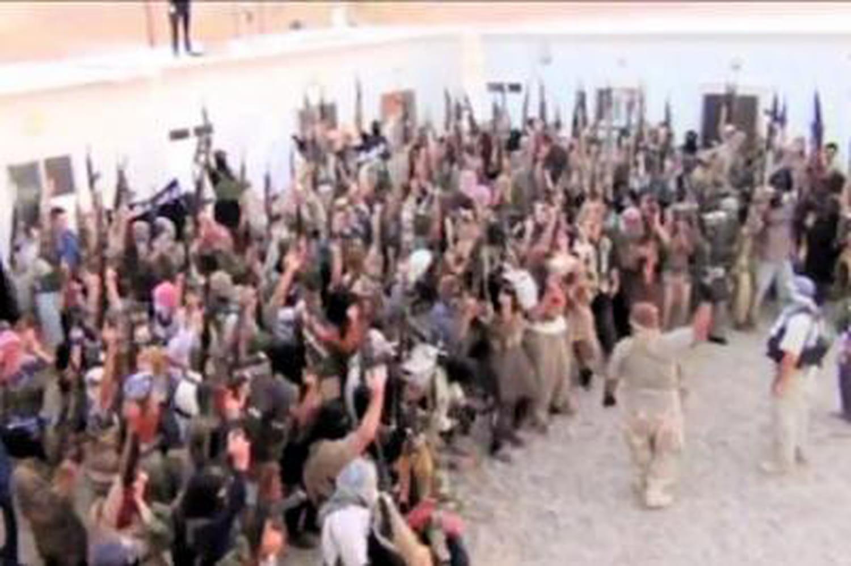 Daesh: des enfants torturés, crucifiés, vendus comme esclaves par lesislamistes