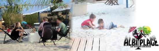 La Plage  - Terrasse de sable, restaurant grill et tapas, agréable pour enfants -   © Michel Rochette