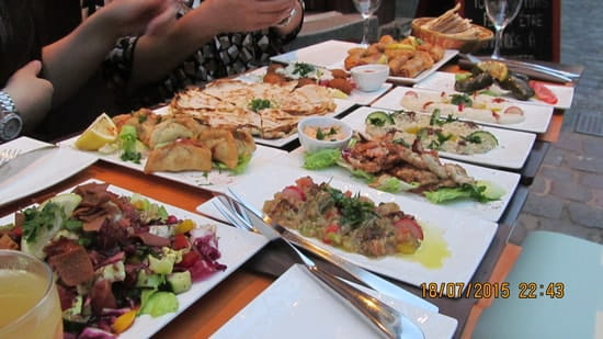 Al Diwan  - Assortiment de mezzés (chauds & froids) -