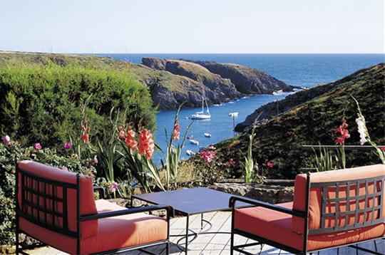 terrasse vue sur mer. Black Bedroom Furniture Sets. Home Design Ideas