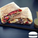 Plat : Luvin's Burger  - Tacos – Le Catalan -   © Luvin's Burger