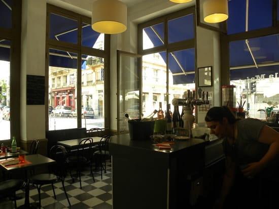 Café de la Mairie  - Au bar, tranquille! -