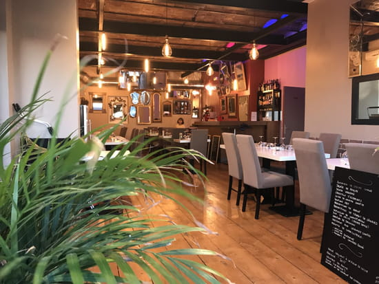 , Restaurant : O Very Table   © a