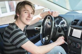 Jeune conducteur: quelle vitesse maximale? Les règles et l'assurance