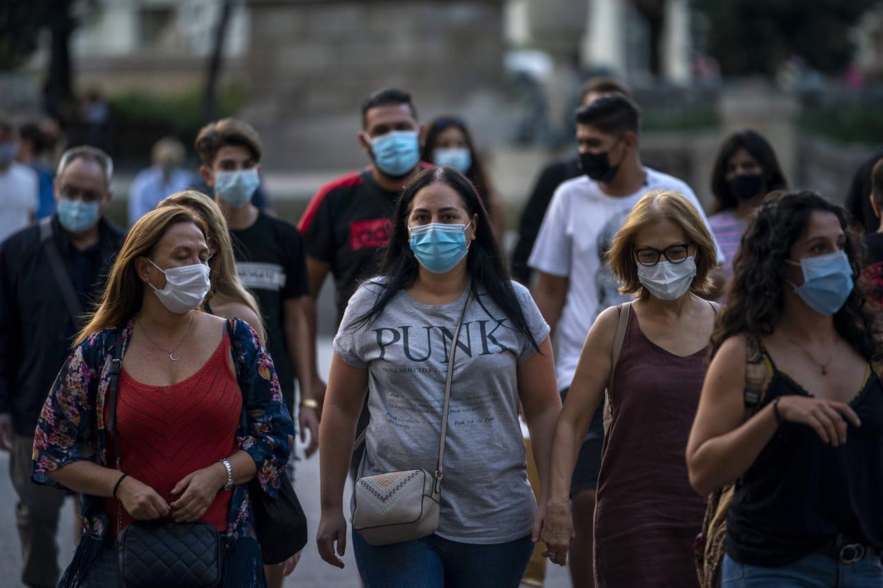Symptômes du Covid-19: perte de l'odorat, signes persistants... Comment détecter le coronavirus? Que faire?