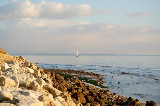La plage de Chef de Baie