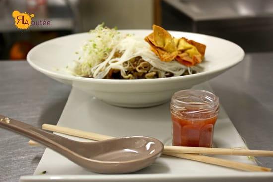 L'Aoutée  - Ravioles de crevettes et son bouillon façon thaï au restaurant l'Aoutée à Bras dans le var -