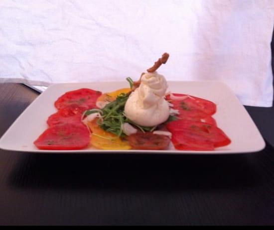 Entrée : Le bistrot du sommelier  - Tomate et mozzarella di burata -