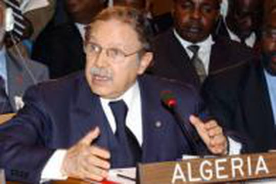 L'Algérie depuis l'indépendance en 10dates