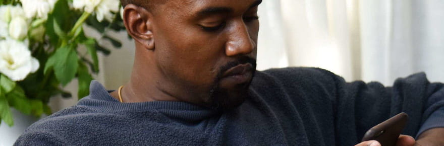 Kanye West : il veut travailler avec IKEA, la marque le tacle