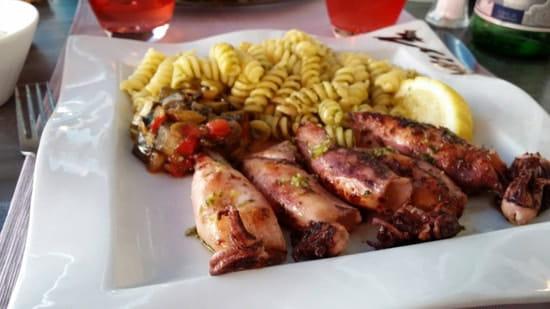 Restaurant : L'ARDESIA  - Seiches à l'huile d'olive et pâtes au pistou -