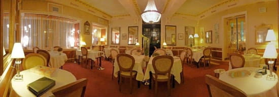 Auberge Napoleon  - salle a manger -   © Frédéric Caby