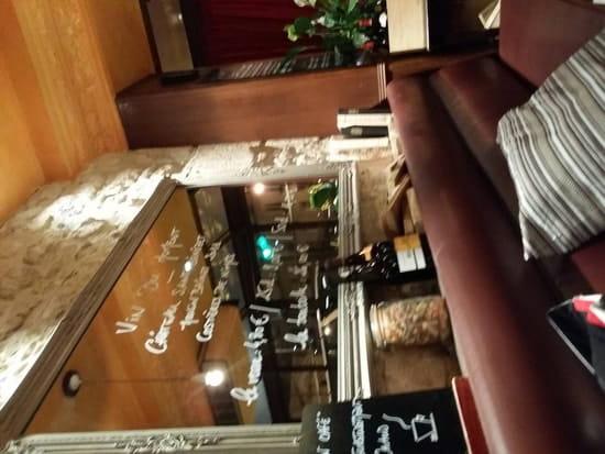 Restaurant : A Mon Café  - La salle -