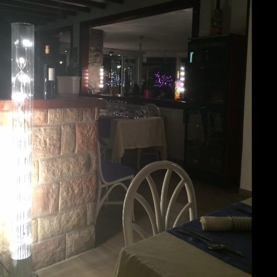 Restaurant : La Table du Grand Lac  - Salle de restaurant -