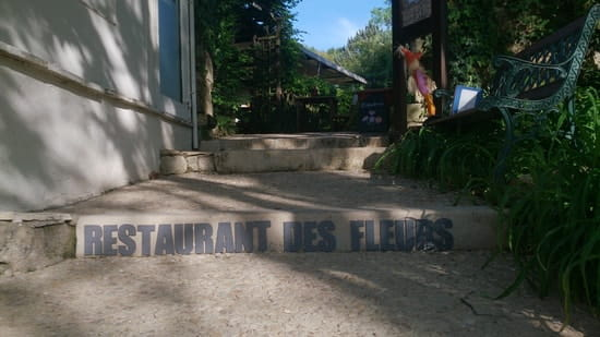 Aux Saveurs des Jardins  - Bienvenue au Restaurant Aux Saveurs des Jardins, le restaurant des fleurs à Terrasson -   © Aux Saveurs des Jardins - Restaurant des fleurs à Terrasson